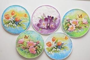 Фарфоровые расписные тарелки