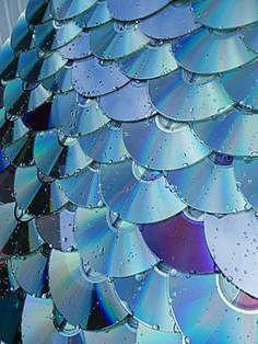 Крыша из компакт-дисков