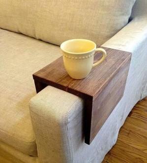 Деревянный мини столик