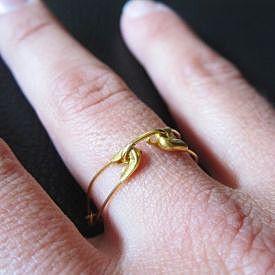 Кольцо из булавок