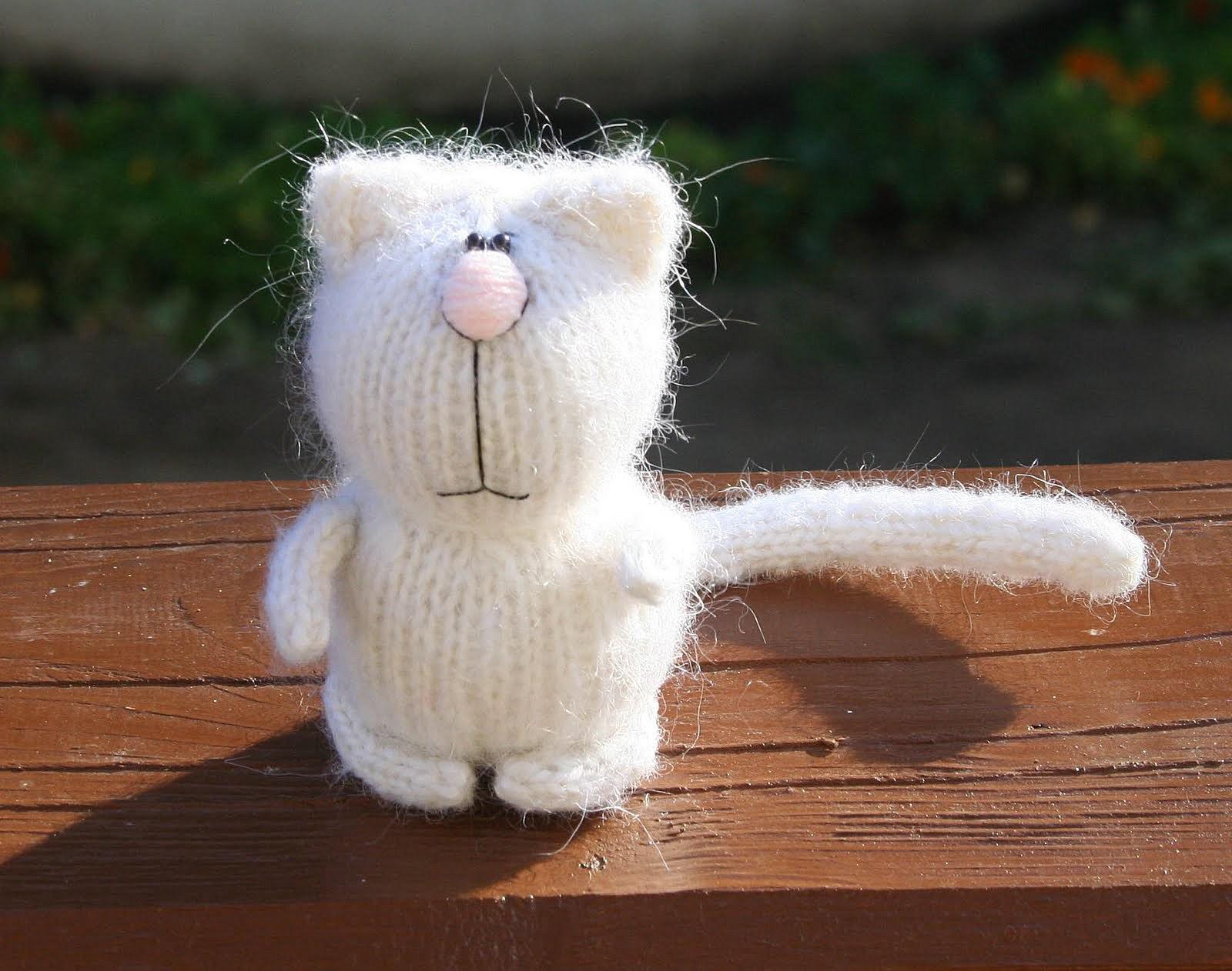 вязание спицами схема кошка