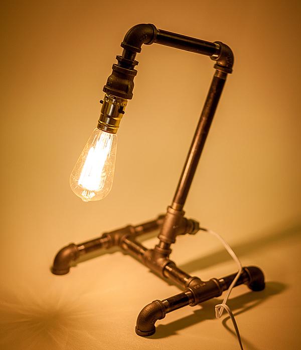 Самодельный настольная светильник